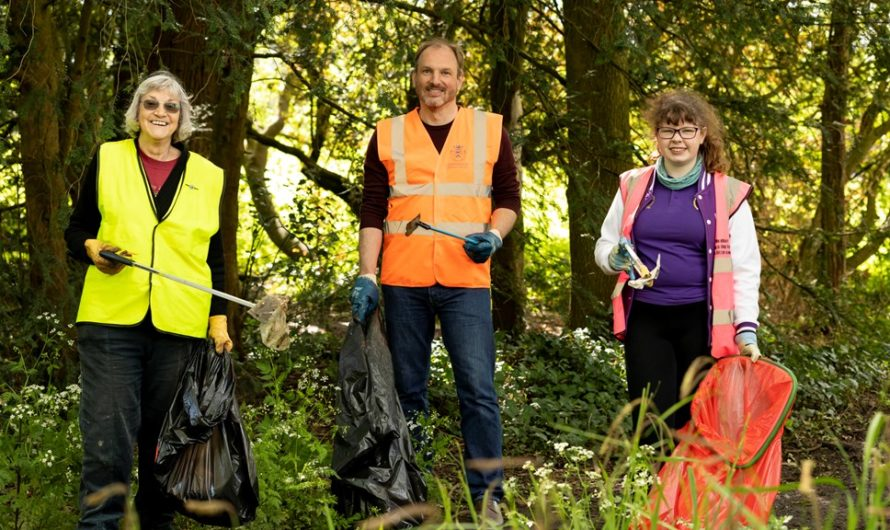 Tidy up the Cotswolds – and join the Great British Spring Clean!